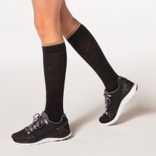 SIGVARIS_MERINO_OUTDOOR_SOCKS_female_charcoal